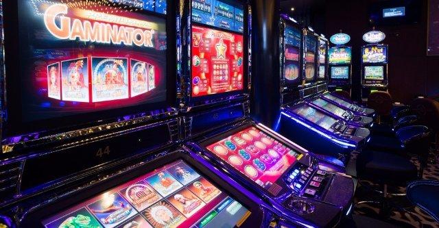 Что нам предлагает казино Император мобильная версия