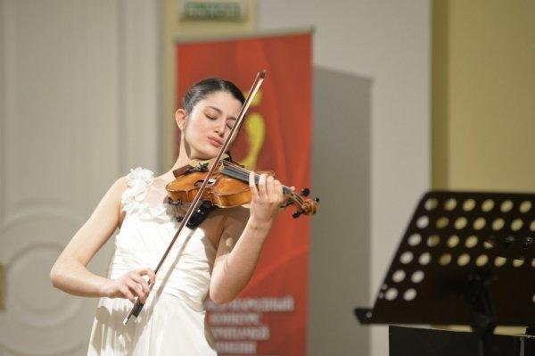Фонд Вячеслава Моше Кантора предоставил приз для победителя международного конкурса скрипачей Владимира Спивакова