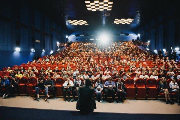 Всероссийский тур предпремьеры новой комедии организовал Алексей Гуськов