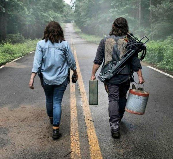 Ходячие мертвецы: Рик Граймс задает вопросы о смерти Дэрилу Диксону