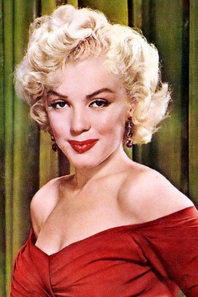 «Золотой глобус» Мэрилин Монро продали на торгах в США за рекордные $250 тысяч