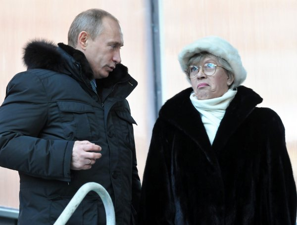 Владимир Путин поздравил Алису Фрейндлих с днем рождения