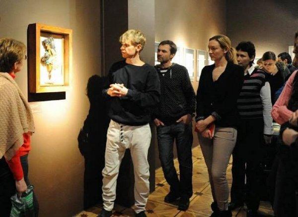 Глава галереи на Солянке оставил пост после отмены выставки о пытках