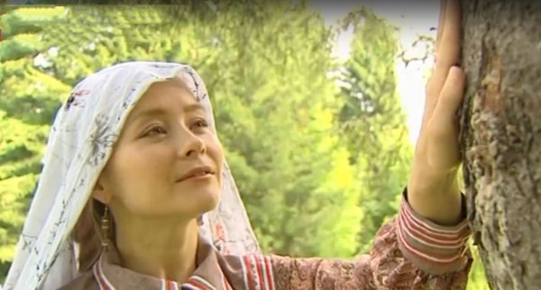 С любовью к Югре: Этнопевица посвятила землякам новую композицию