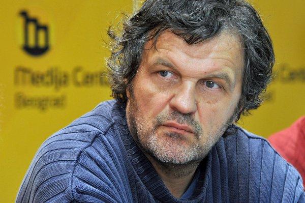 Кустурица планирует экранизировать роман Айтматова