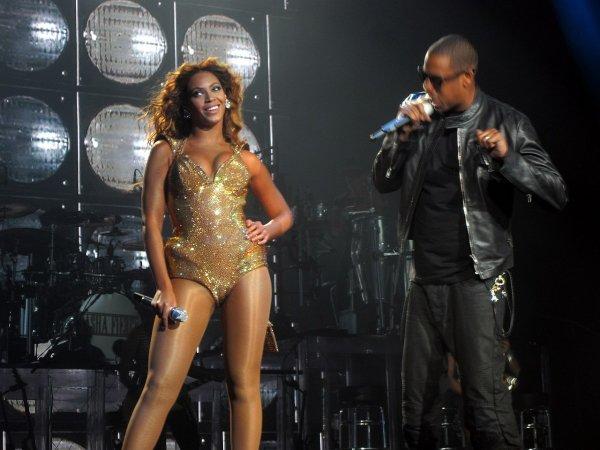 Бейонсе и Jay-Z обвинили в нескромности из-за клипа, снятого в Лувре