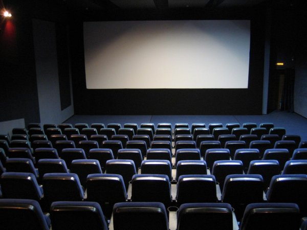 Мединский предложил ставить в приоритет отечественное кино